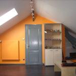 Chambre (mur, texture relief à peindre, sol parquet, plafond, boiseries)